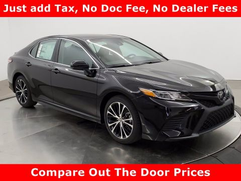 New 2020 Toyota Camry SE FWD 4